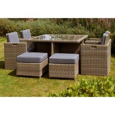 Royalcraft Garden Furniture Wentworth Rattan 8 Seat Cube Dining Set