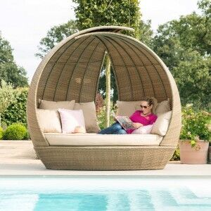 Maze Rattan Garden Furniture Tuscany Lotus Daybed