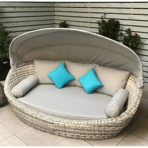 Signature Weave Garden Furniture Constance Daybed With Canopy